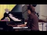 Yannie Tan исполняет мелодию из известной серии Тома и Джерри