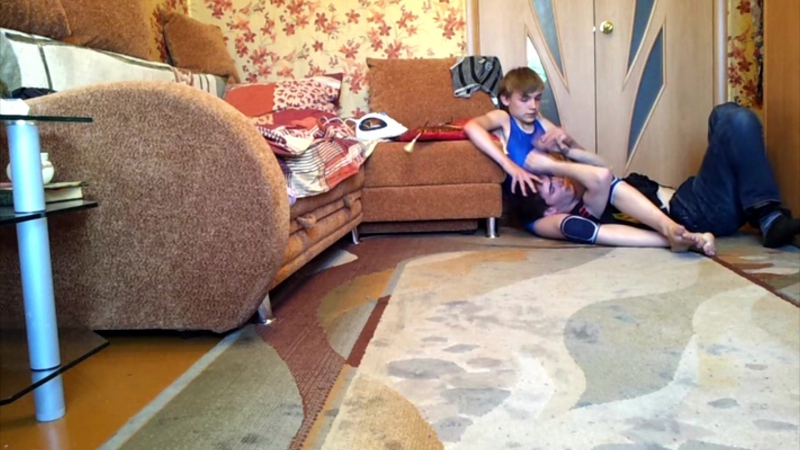 Amazing boy headscissors