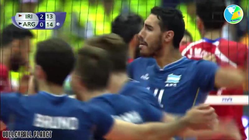 Best Volleyball Actions by Pablo Crer - Powerful Attacks - Voleibol