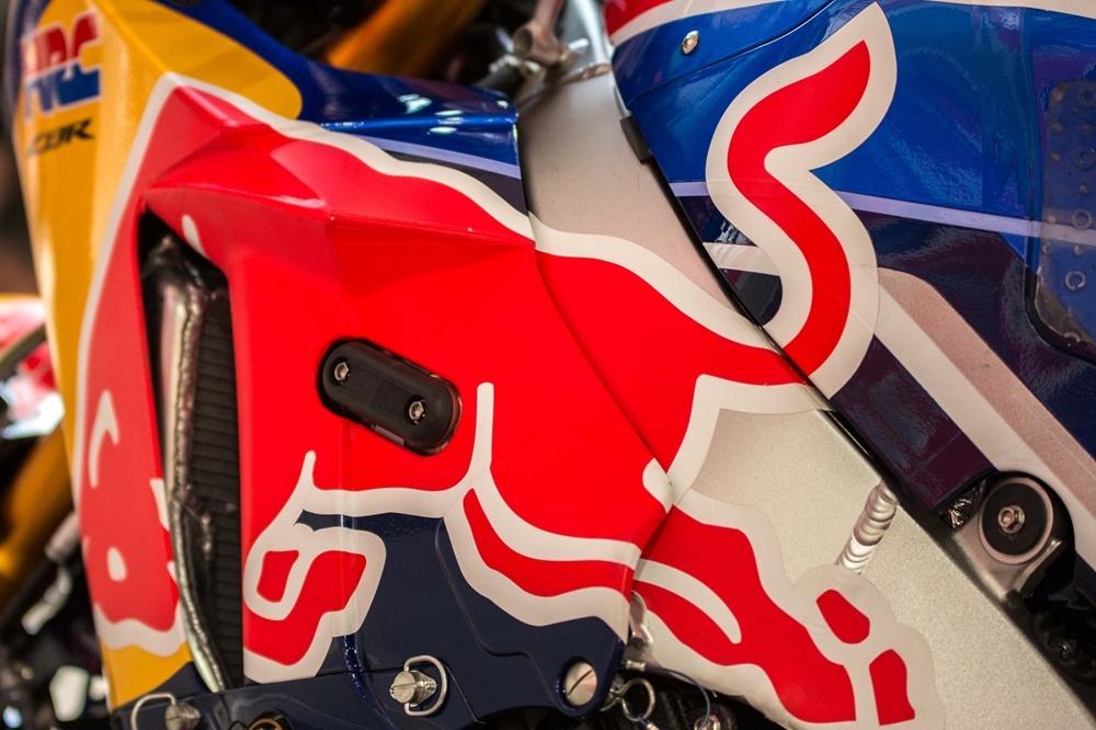 Фотографии супербайка Honda CBR1000RR SP2  Suzuka 2018
