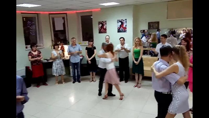 Abrazo 2017 12 16 21 29 Танец именинников mp4