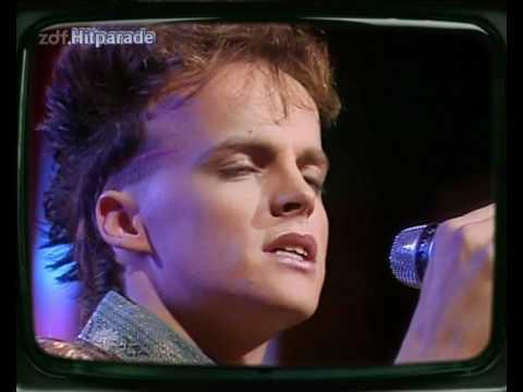 Hubert Kah Wenn der Mond die Sonne berührt (ZDF-Hitparade 1984), S.T.S.-Bashing