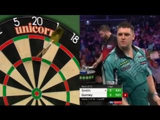Michael Smith vs Daryl Gurney  (2018 Premier League Darts / Week 2)