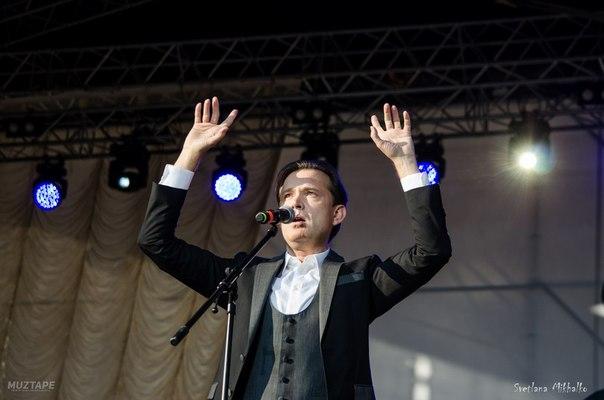 2 июня  2018 г, участие Олега Погудина в фестивале «Петербург live», посвященном 80-летию Владимира Высоцкого, СПт-г YvXHhU74wBc