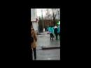 Голая девушка бродит по городу в Башкирии.