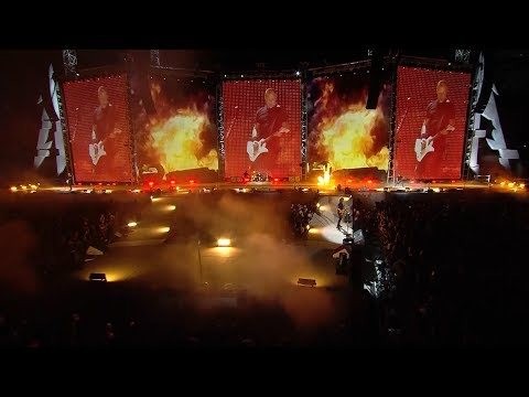 Metallica Moth Into Flame (Chicago, IL - June 18, 2017)