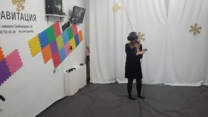 2018 01 09 Настя Лера и Вероника vs зомби в Гравитации 2