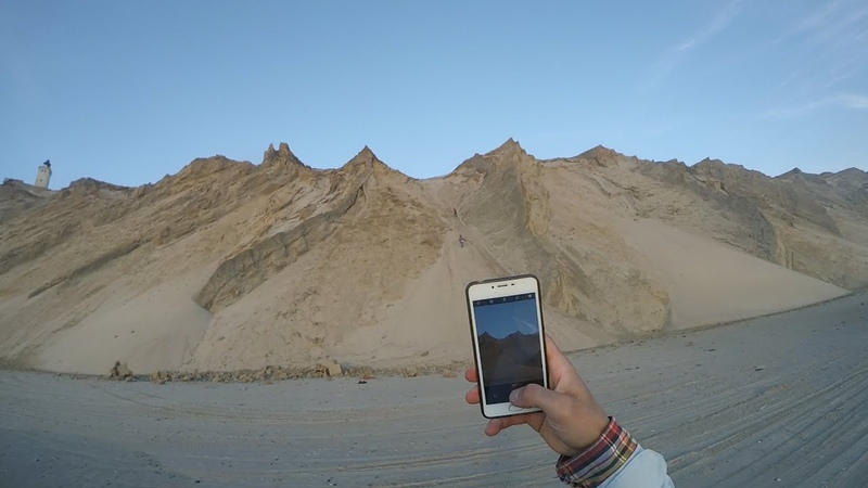 Чуть не упал с обрыва Заброшеный маяк Мигрирующие дюны Глубинка Дании