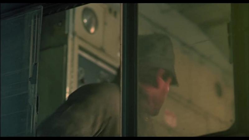 """Дурак! Дурак! Дурак!"" Красная жара 1988. Дубляж Гоблина. Red Heat 1988"