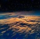 Думаешь, это фото из космоса или из иллюминатора самолета?