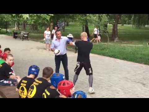 День молодежи 2018, Симферополь, кикбоксинг, работа на лапах, Лупашко и Григоренко