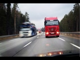 Фуры едут в лоб. Опасные обгоны грузовиков.
