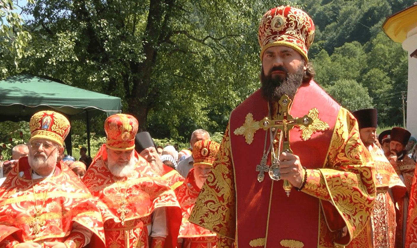 Архиепископ Пятигорский и Черкесский Феофилакт посетит храмы в Зеленчукском районе