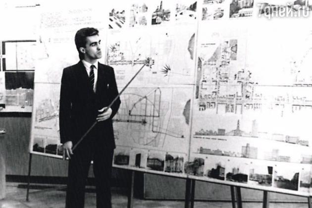 Вячеслав Бутусов защищает диплом.1984 год