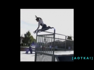 IDIOTS ON SKATEBOARD #1 SUBSCRIBE ON YOUTUBBE FOR MORE VIDEOS https://www.youtube.com/c/aotkptas