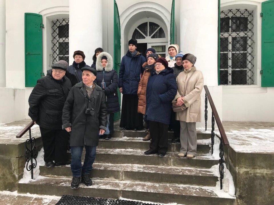 В Кузьминках провели экскурсию для участников клуба любителей путешествий «Алые Паруса Надежды»