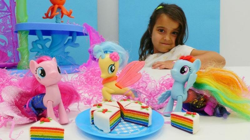 My Little Pony bebeklerin partisi | Maşanın oyuncakları