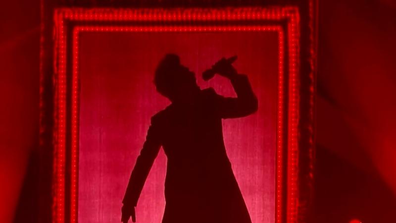 Adam Lambert Lets Dance VH1 Divas Live 2012 (David Bowie) (1080p)