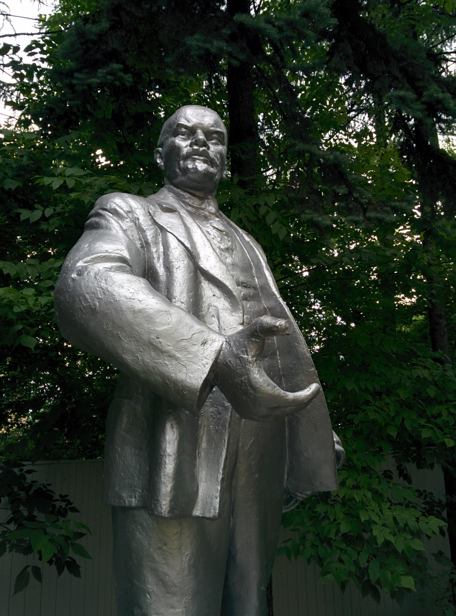 А Ленин такой молодой и бодрый!