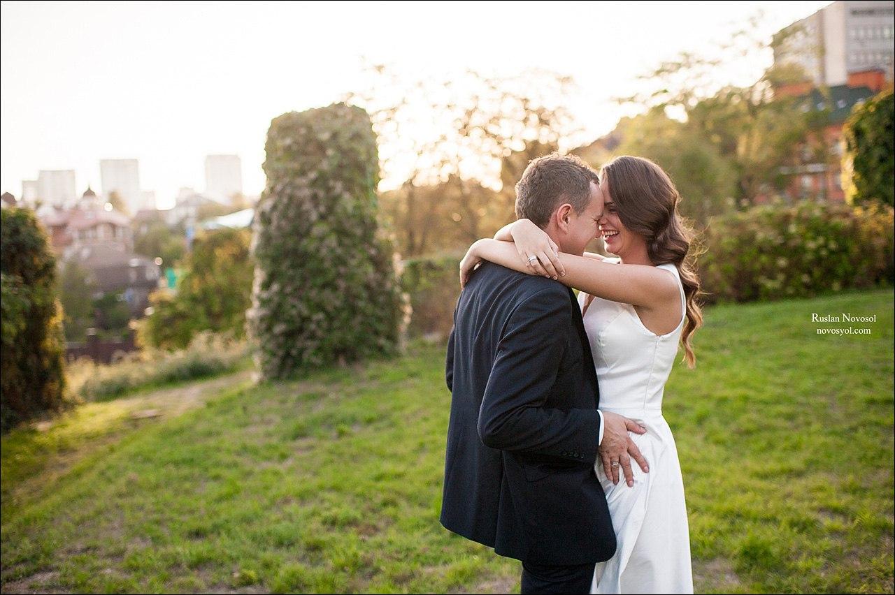 o2JTMJFtSK0 - Посадить дерево на свадебной церемонии: детали сценария