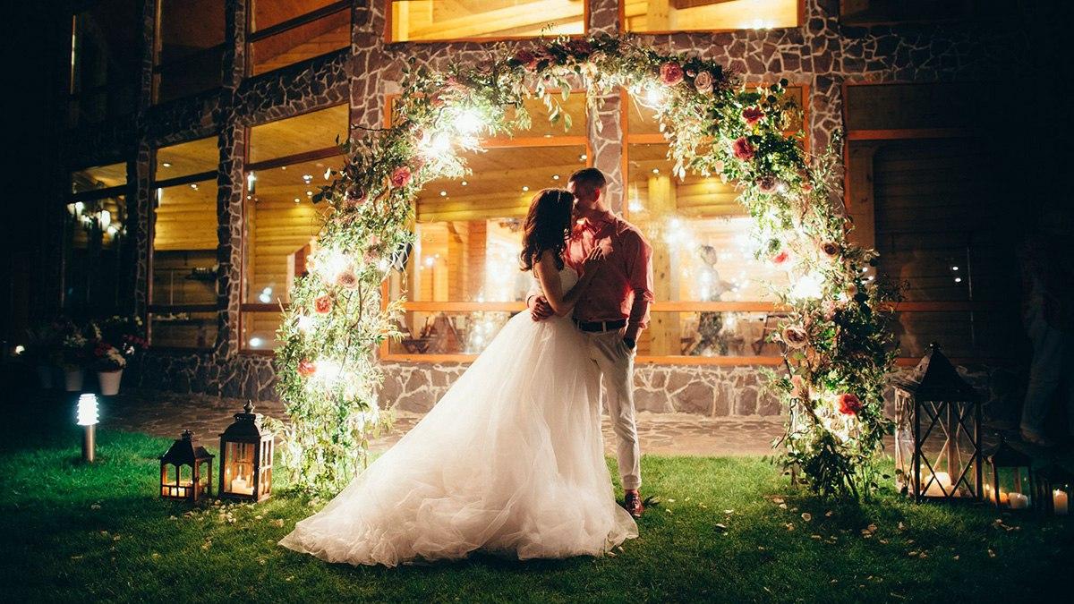 MfCAlDbNxHI - Посадить дерево на свадебной церемонии: детали сценария