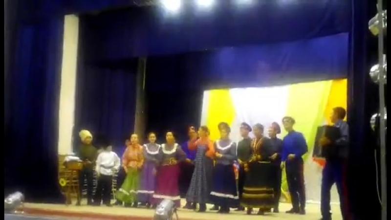 большой казачий концерт в хуторе Алгайском.