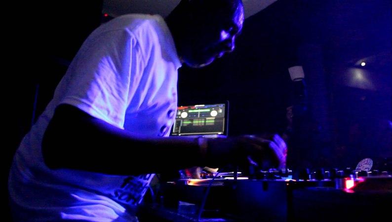 DJ Marky feat. Stamina MC @ Ripping - Sun and Bass 04/09/2012 (Part 3/10)