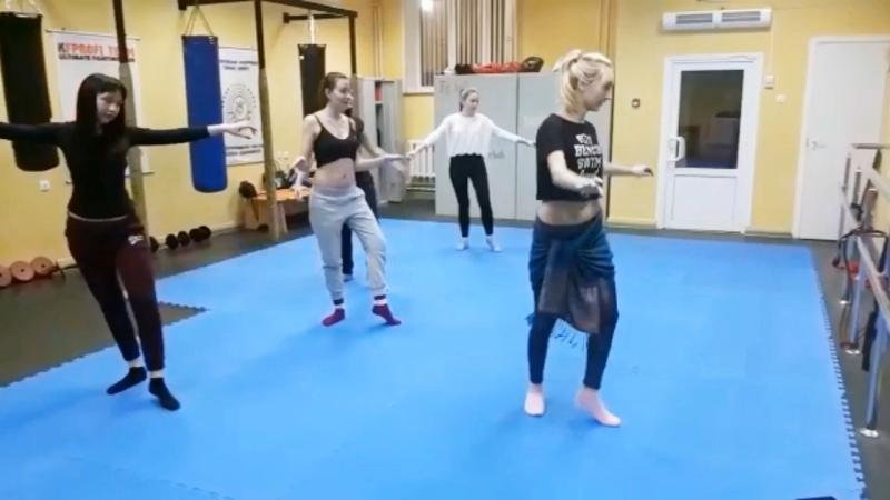 Первый открытый урок по Belly Dance » Freewka.com - Смотреть онлайн в хорощем качестве