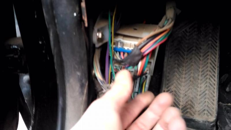 Chery Tiggo T11 2 0 4*4 Не работает моторчик лобового стеклоомывателя