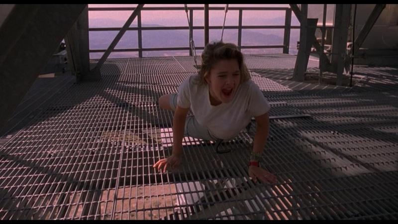 Вдали от дома (1989) WEB-DLRip 720p
