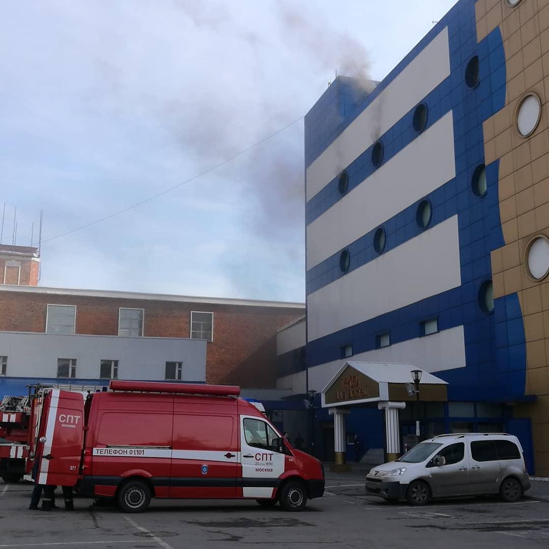 758ac6f0ed16 Напомним, что недавно в Москве загорелся ТЦ «Персей для детей», один  человек погиб