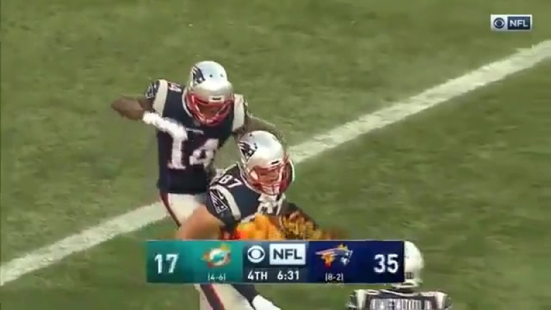Brandin Cooks riding Rob Gronkowski like a racehorse