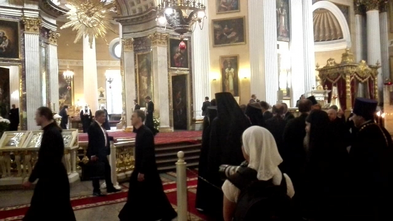 Встреча Патриарха Кирилла в Александро-Невской лавре