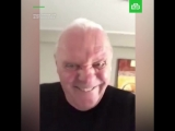 Хопкинс снял на видео свой странный танец
