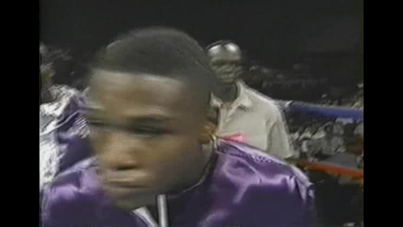 10 Floyd Mayweather vs Louie Leija 1997 09 06