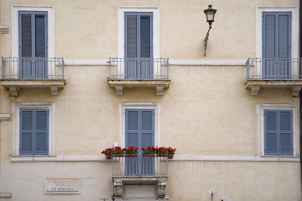Фасады жилых домов в СВАО проверят и приведут в порядок