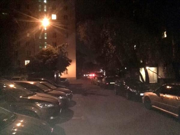 Освещение восстановили во дворе на Бибиревской улице