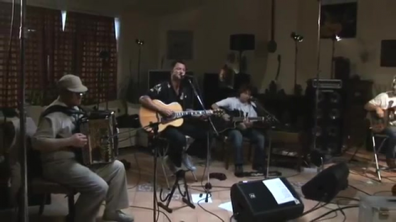 Максим Леонидов и ХиппоБэнд - Рождество