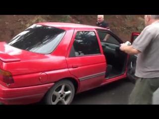 Автомобиль в тбилиси едет сам на гору