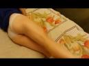 Юная школьница занимается гимнастикой в постели перед сном. Голая Тян Эротика