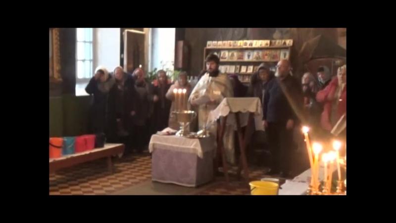 Мы тоже освятили воду в своем храме.