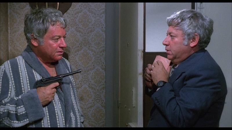 Х Ф Фракия зверь в человеческом облике Италия 1981 Комедийный фильм с Паоло Вилладжо в двойной роли