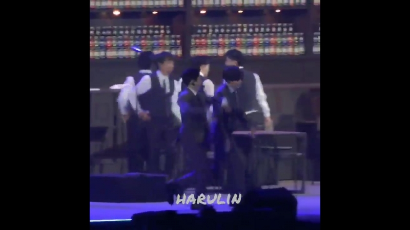 180223 EXO XIUMIN @ The ElyXion in Osaka D1 Chill