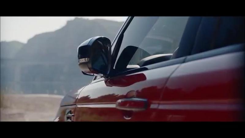 2018 Porsche Cayenne 2018 Range Rover Sport