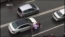 В Екатеринбурге водители после аварии устроили разборки на дороге
