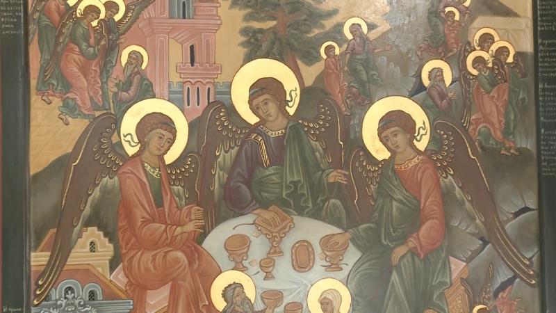 Выставка Семья - малая Церковь открылась в галерее Арт-холл