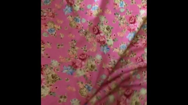 Не менее прекрасные розы на розовом фоне☺️ ⠀⠀ Их также осталось немного☝️ ⠀⠀ 🌹100% вискоза 🌹шир 140см 🌹цена 300₽/м 🌹WA/Viber 89