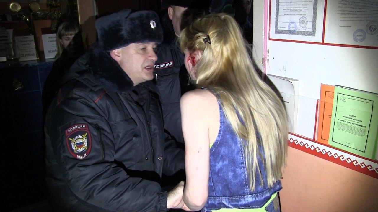 В Марий Эл сотрудники полиции провели рейд по ночным заведениям.