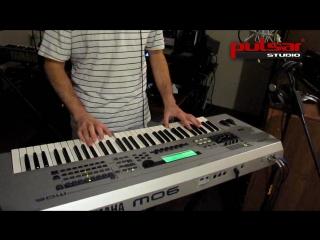 Yamaha MO6 Music Workstation