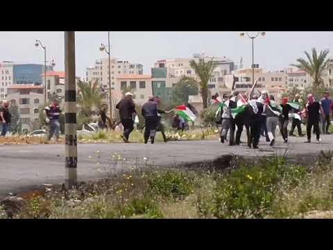 (18) Отстрел Мусульман Сегодня Палестина Иерусалим и срывание хиджаб унижение Мусульман (яхудами)